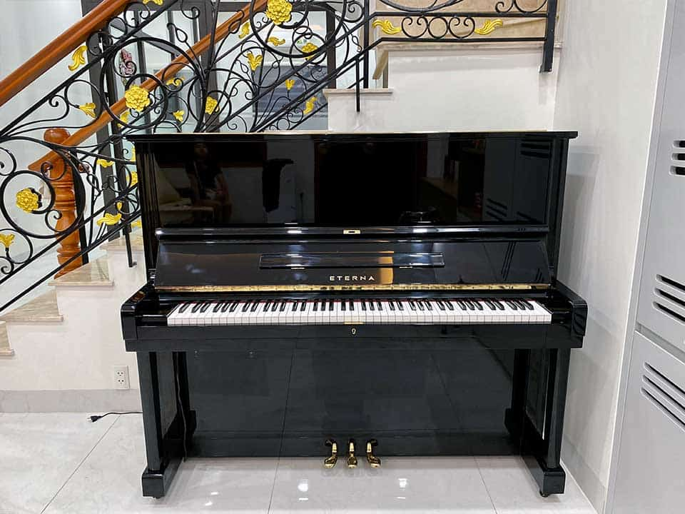 Đàn piano Eterna UP35