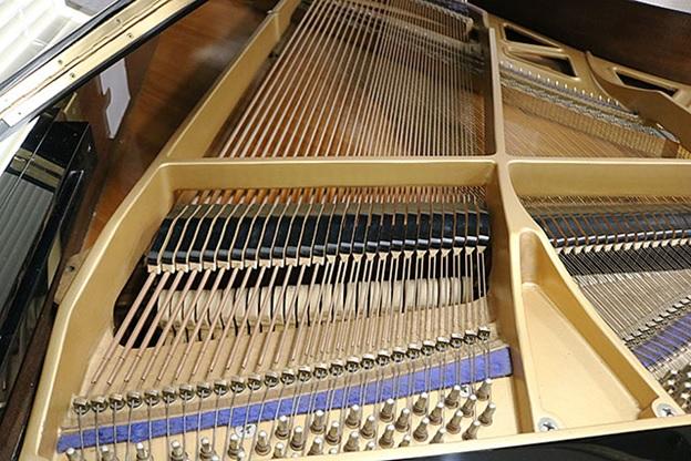 bua dan grand piano kawai kg-3e