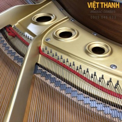 bo-may-piano-Yamaha-G2B