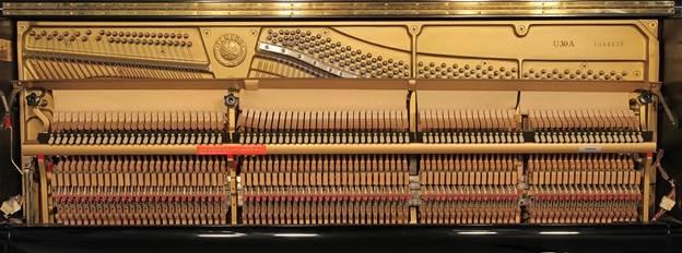 khung dan piano yamaha u30a