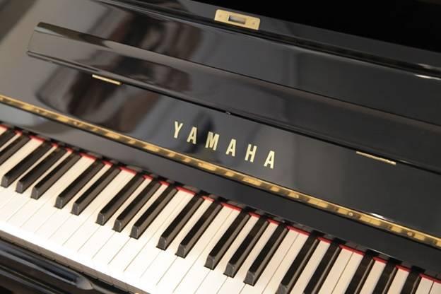 phim dan piano yamaha u30a