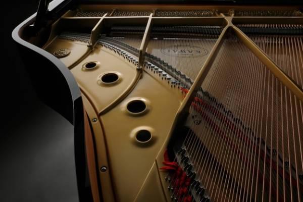 khung kim loai thiet ke theo quy trinh v-pro cua dan grand piano kawai gl10