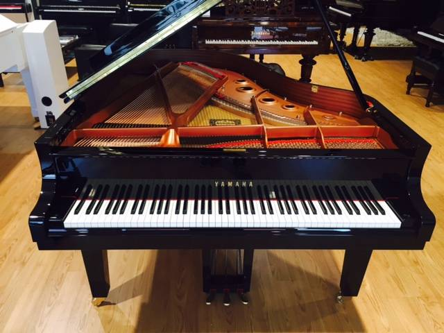 grand piano yamaha c3x