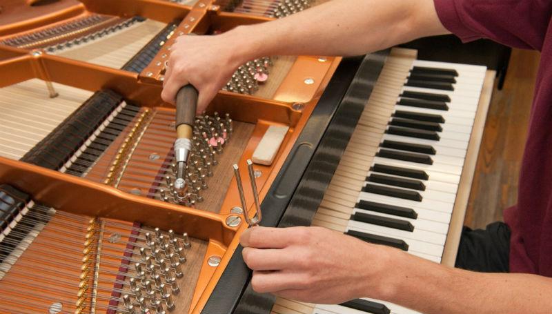 dịch vụ lên dây piano tại tphcm