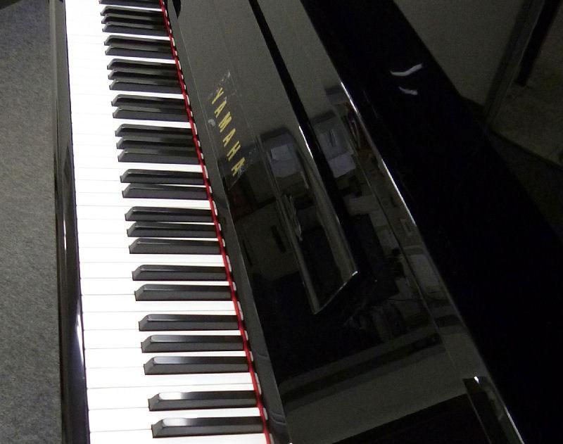 piano yamaha u10bl