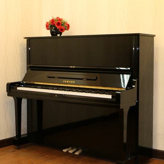 và Yamaha Piano u3g cu