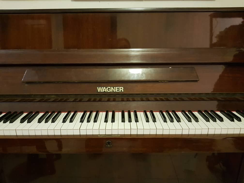 Piano Wagner 34