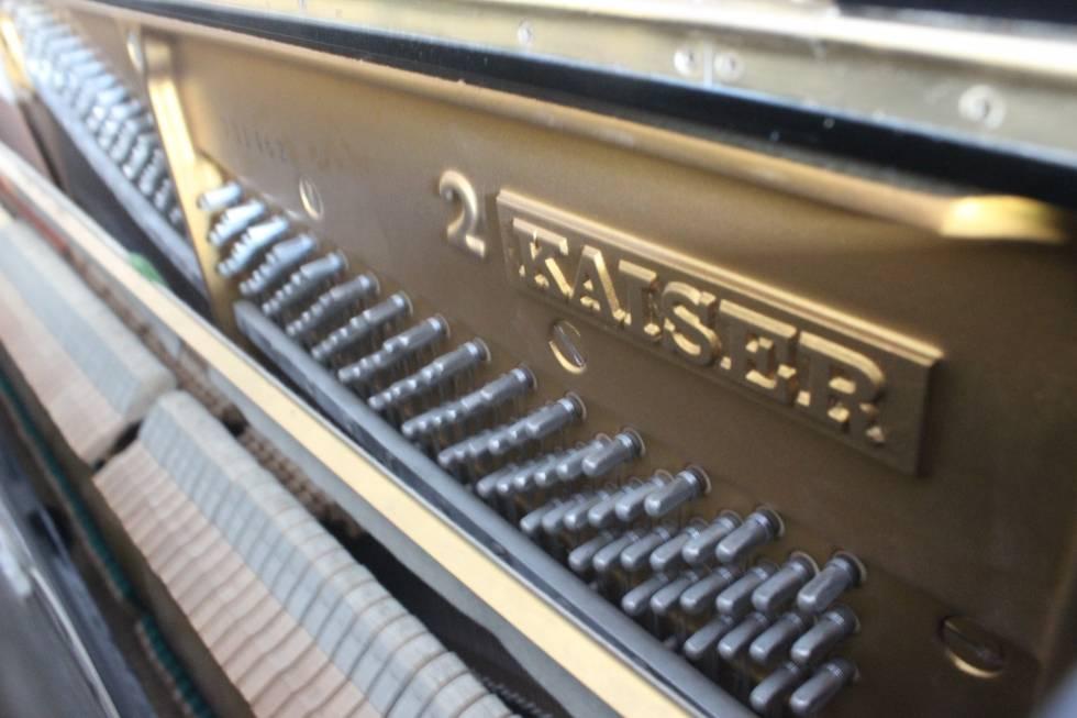 piano Kaiser K2H