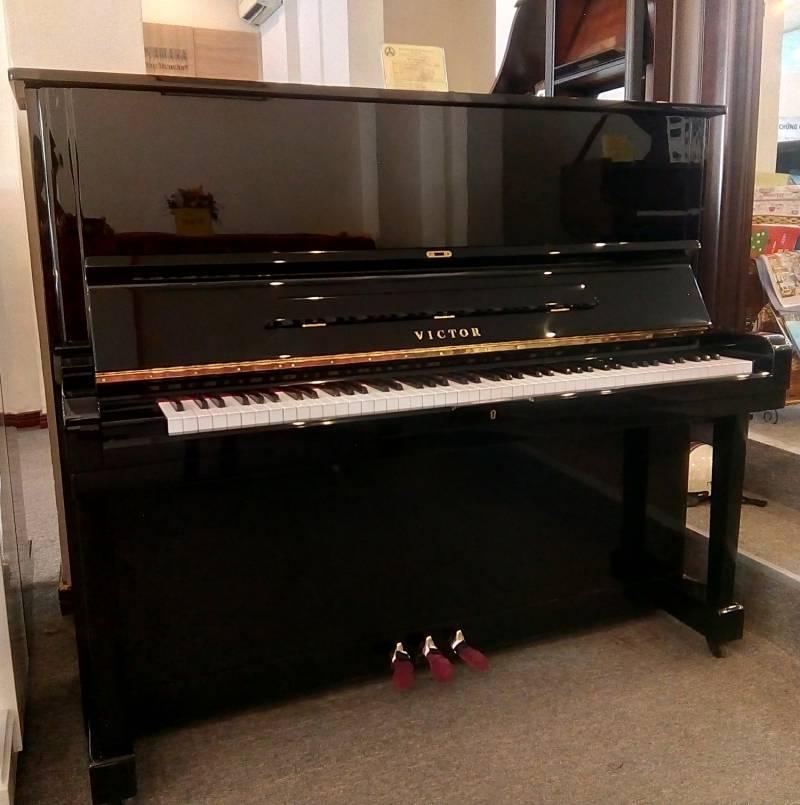 Đàn Piano Victor V70B