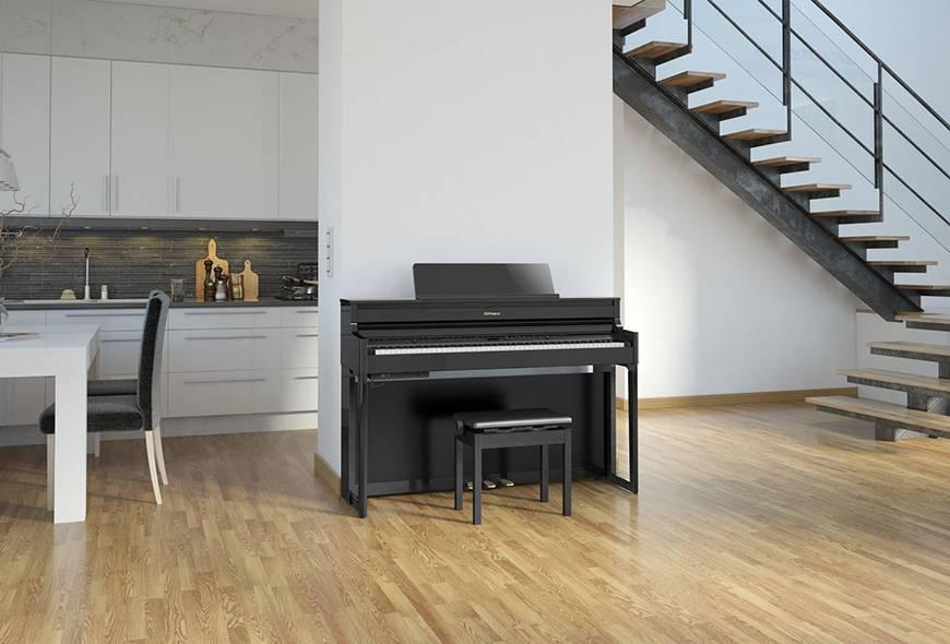 Cư dân đường Nguyễn Văn Trỗi mua đàn piano điện Roland ở đâu?