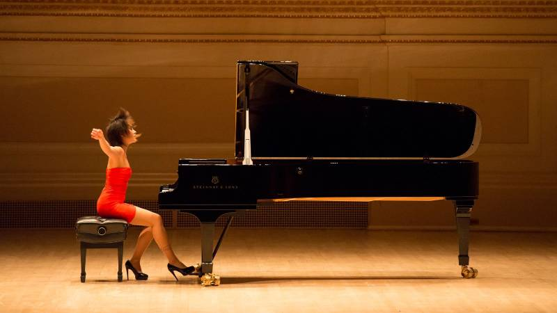 dan piano Steinway & Sons