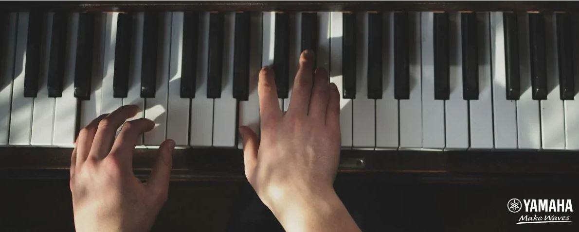 ban phim piano yamaha