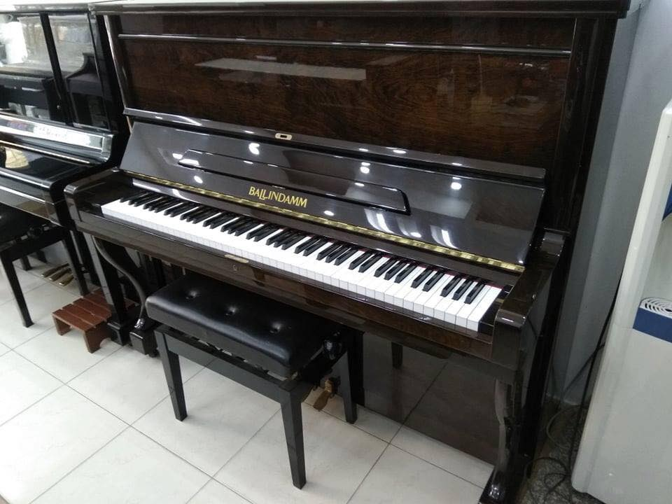 Đàn Piano Ballindamm B123