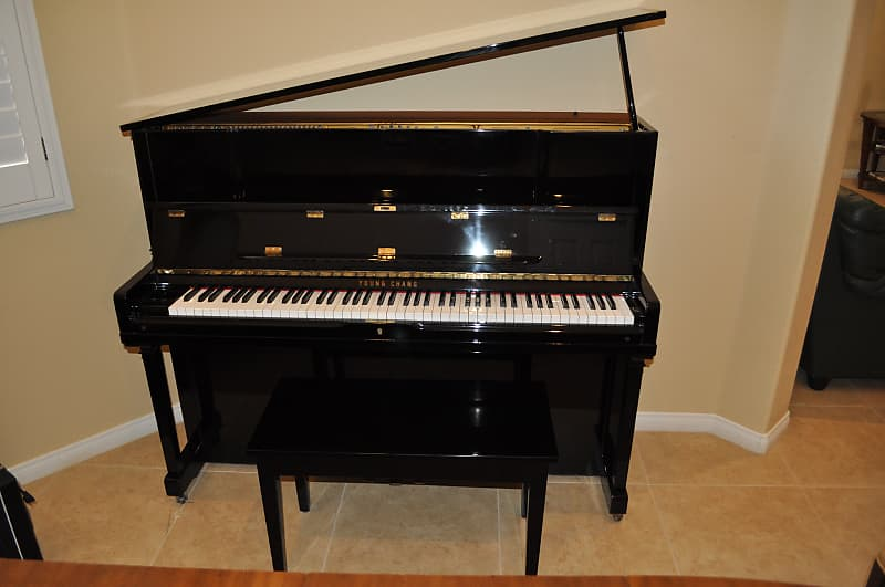 Đàn Piano Young Chang E-118