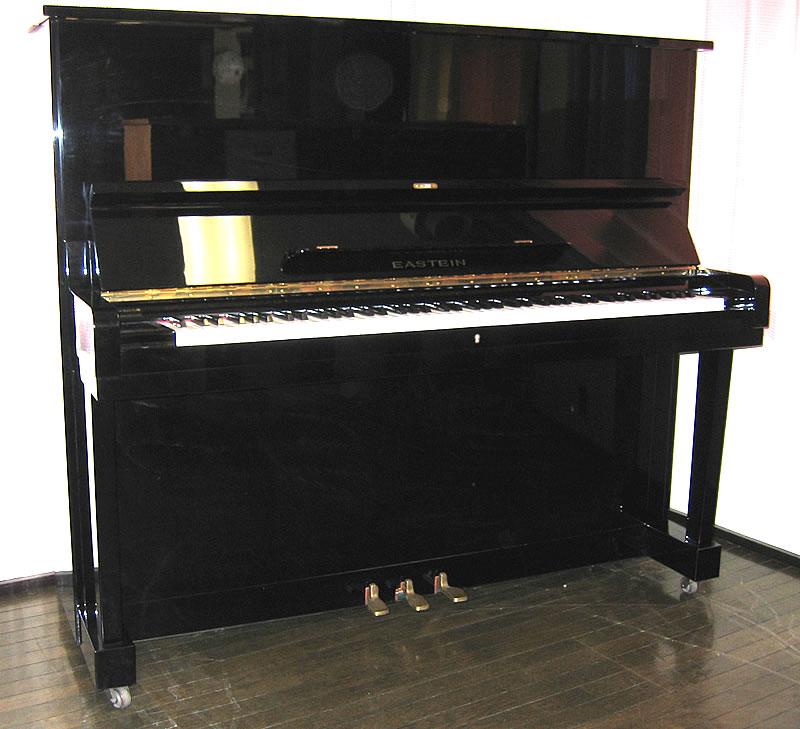 piano Eastein