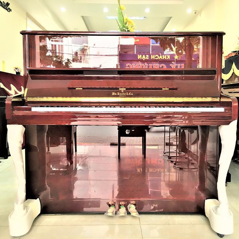 Đàn piano Knabe WMV-121FD