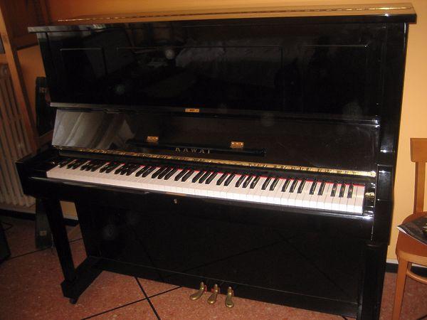 Đàn piano Kawai K35