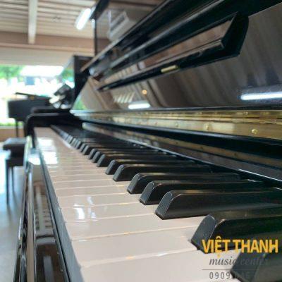 ban phim piano Yamaha UX10BL
