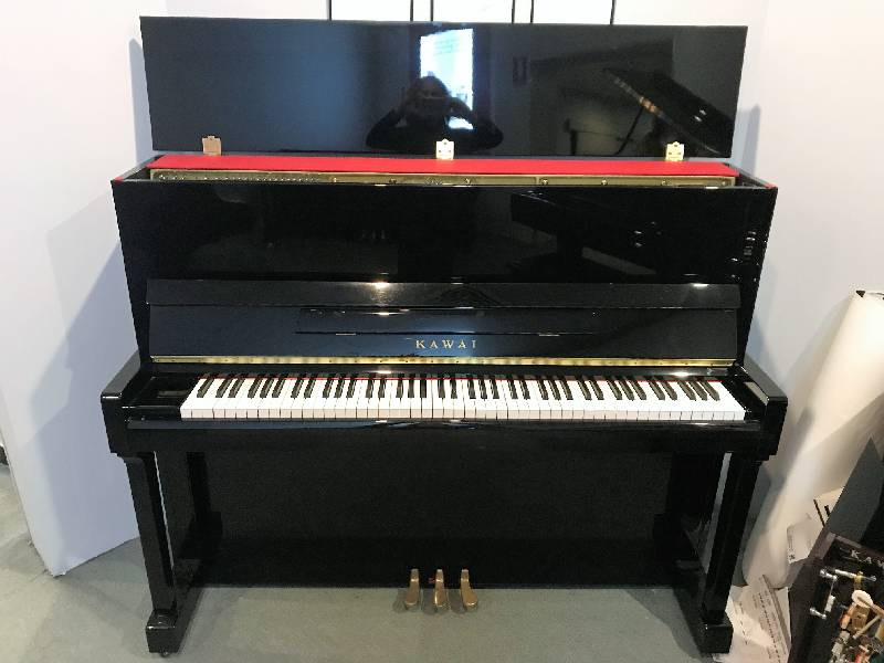 Đàn piano Kawai KX-21