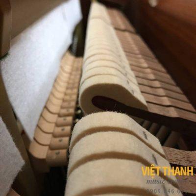 bua dan piano Yamaha W3AMHC