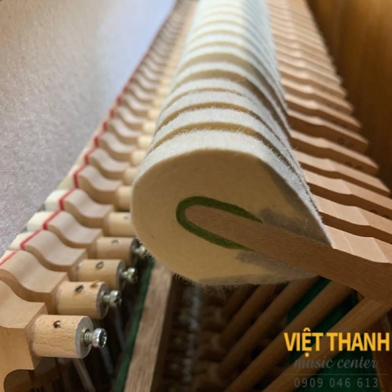 Đàn Piano Yamaha W103
