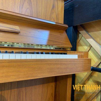 canh piano yamaha w103