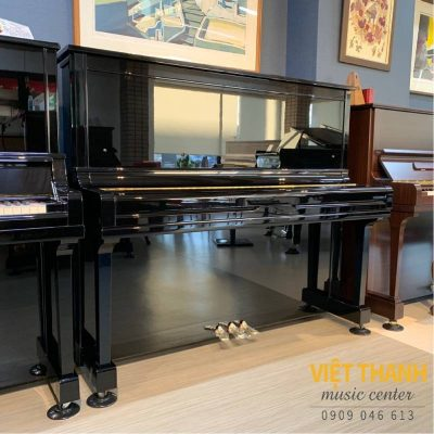 dan piano Yamaha U300