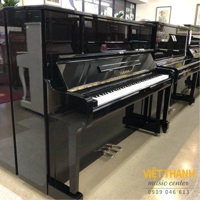 dan piano yamaha ux1