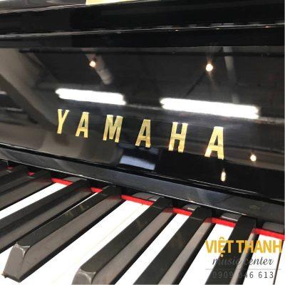 logo piano yamaha ux-5