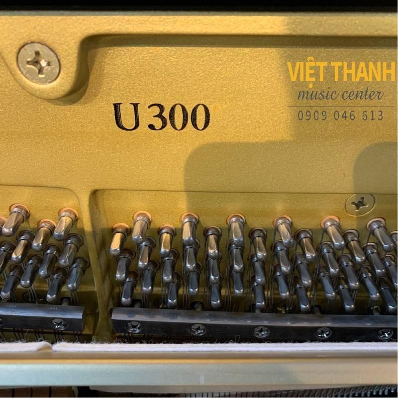 Đàn piano Yamaha U300