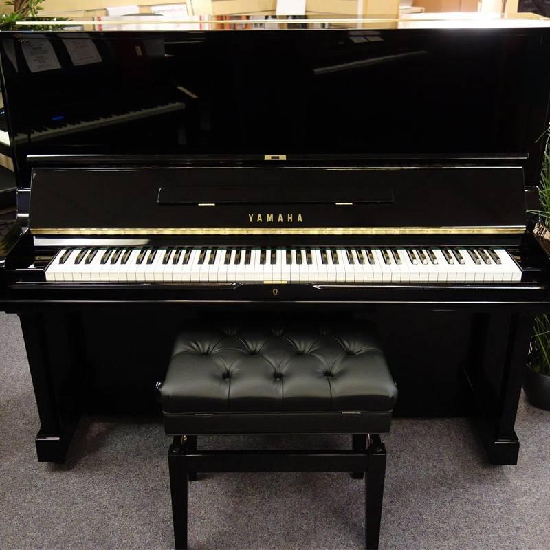 Đàn Piano Yamaha U2E