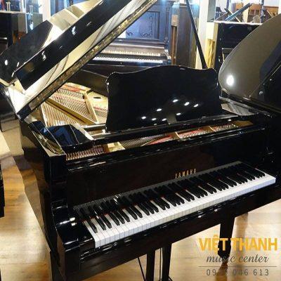 dan piano yamaha c7b