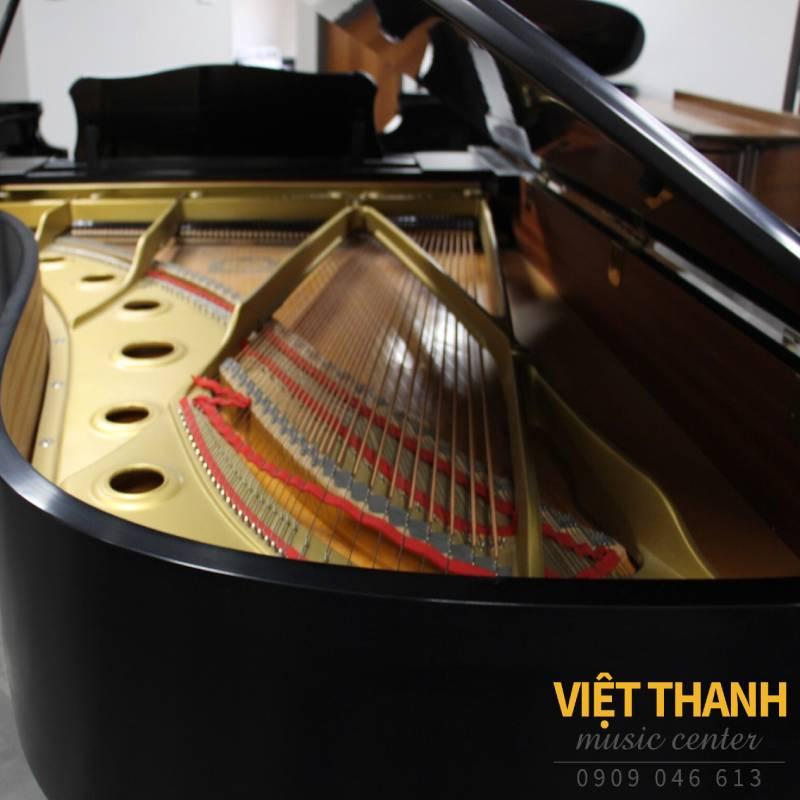 day dan grand piano yamaha c7