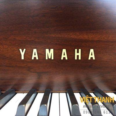 logo piano chan cong cua dan grand piano bo may dan grand piano yamaha g2acp