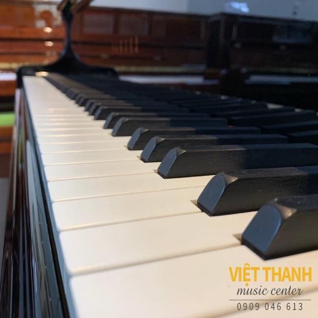 ban phim dan piano yamaha c5e